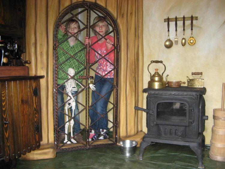 Wnętrze Chaty z Piernika